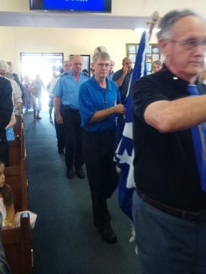 DSC 1069flag procession